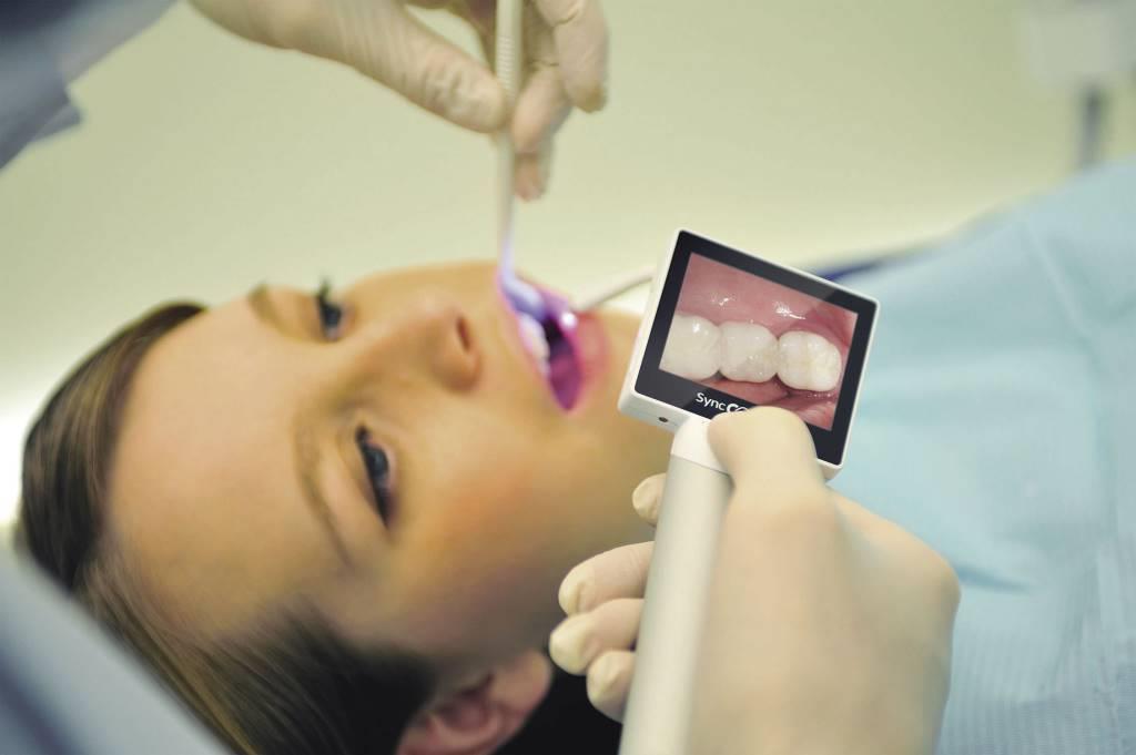 """Результат пошуку зображень за запитом """"MouthWatch, Dürrdental и Carestream Dental"""""""
